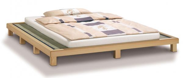 Futonbett aus Holz mit Tatami Ika-Da